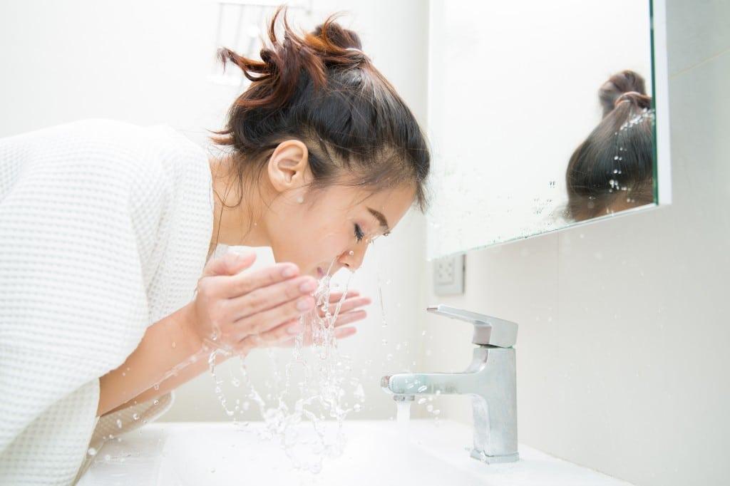 washing your face correctly